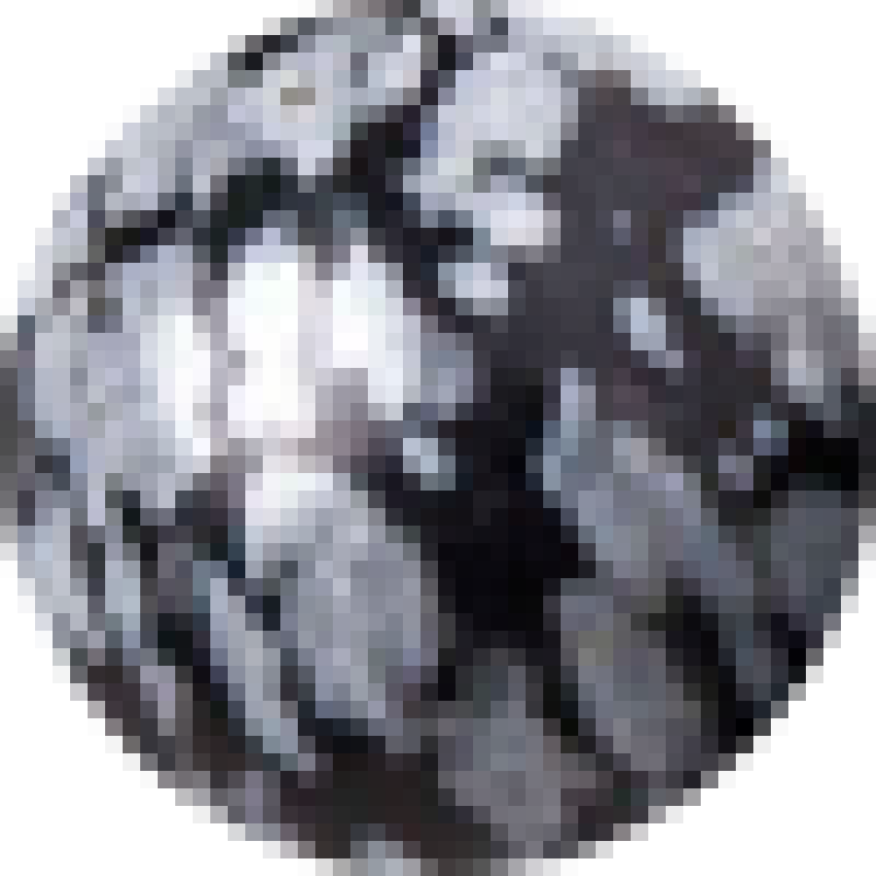 Obsidián čiernobiely